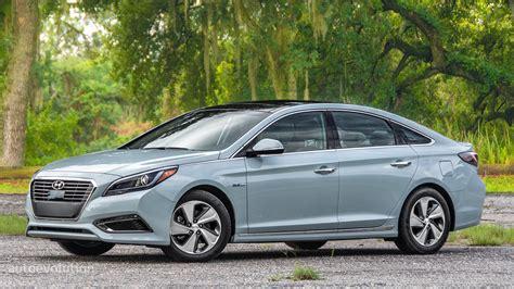 2011 Hyundai Sonata Hybrid Review by Sonata Hybrid Review Autos Post
