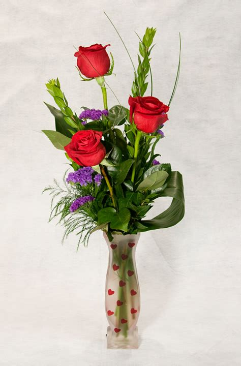 valentine s day flower arrangements valentines day flower arrangements your cannon beach