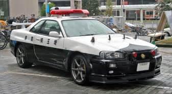Car Rental Japan Gtr Die Sch 246 Nsten Schnellsten Polizeiautos Der Welt Ich