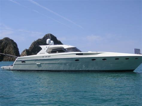 yacht boat for rent italian coast rizzardi 50 exclsive yacht for rent motor