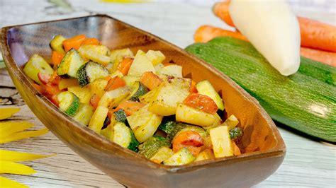 cucinare carote in padella daikon in padella con verdure