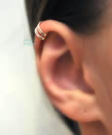 quatre anneaux helix cartilage perce oreilles