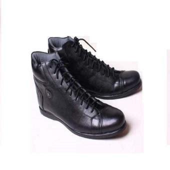 Sepatu Pria Black Boots C 014 sepatu pria branded bally boots black lazada indonesia