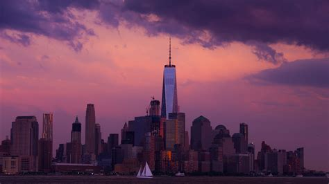 boat ride nyc at night new york night tour safety tips