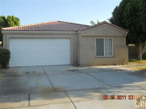 foreclosure home for sale 82152 pinyon ave indio