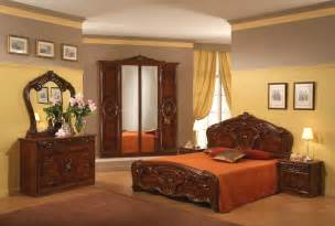 sara walnut mcs classic bedrooms italy collections the queen s bedroom the enchanted manor