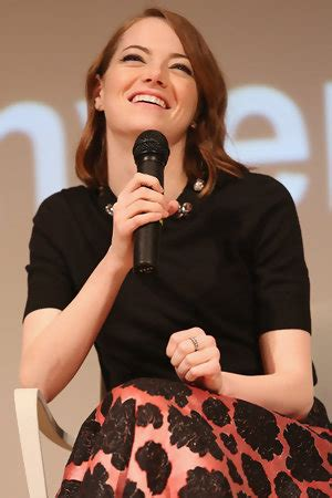 emma stone emmy zimbio entertainment news celebrity news celebrity
