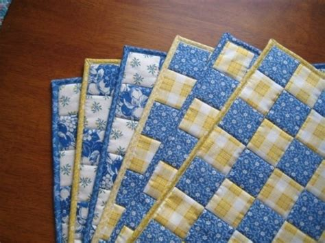 Yellow Quilted Placemats by Quilted Placemats Mix Match Patchwork Placemats In Blue