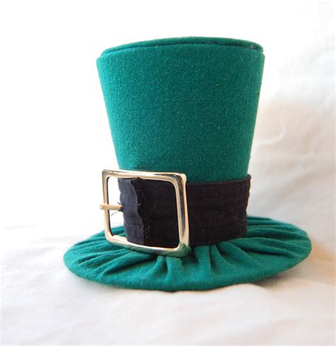 tiny top hat the leprechaun s revenge by tinytophats on