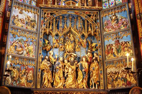 Beautiful Church Cloth #2: St-Marys-Basilica-Krakow.jpg