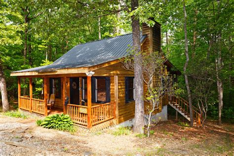 Rent A Cabin In Helen Ga by Sleepy Hollow Cabin Cabins In Helen Ga