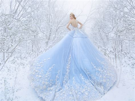 36 Breathtaking Ice Queen Inspired Wedding Dresses For Fairy Tale Brides!   Praise Wedding