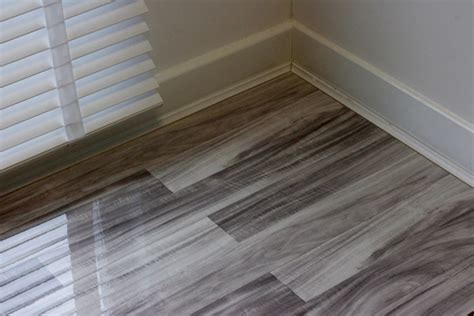 Glossy Wooden Floor by High Gloss Laminate Flooring Floorless Floors