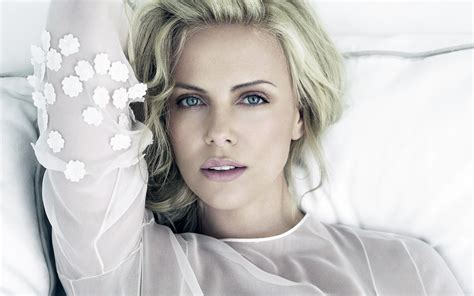Charlize Theron Is Sued By Raymond Weil by Charlize Theron Swears By Here S Why You Should
