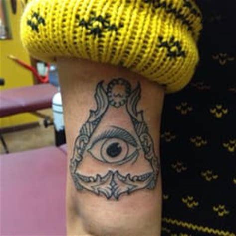 animal tattoo chicago animal farm tattoo 29 photos tattoo logan square