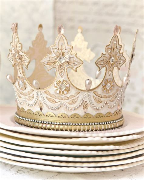 How To Make A Paper Princess Tiara - 25 best ideas about paper crowns on crown