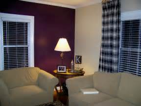 Purple Living Room Wall Color Anyone With Plum Berry Claret Colored Walls