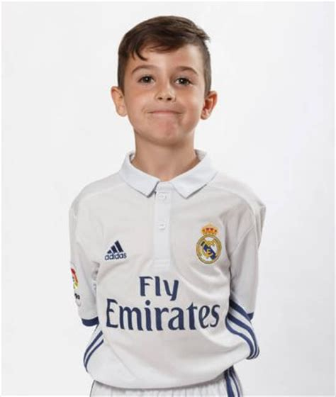 xavi biography book introducing real madrid s seven year old wonderkid byron