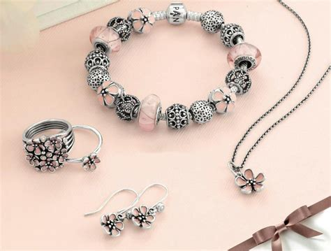 Pandora Cherry Blossom Clip Charm P 479 feature highlights of 2013 part one sabo and bracelets