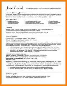 Undergraduate Resume Exles by 6 Undergraduate Student Cv Template Packaging Clerks