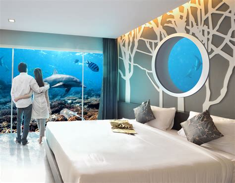 What Is A Water Room by Underwater Rooms And Holographic Personal Trainers Hotels Of The Future