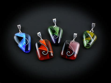 how to make fused glass jewelry fused glass jewelry projects