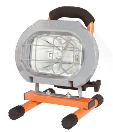 hdx portable halogen work light hdx hdx 250w portable work light the home depot canada