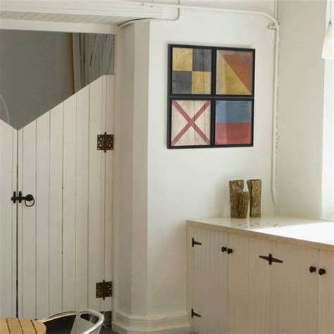 Beadboard Closet Doors by Beadboard Doors Diy Beadboard Wallpaper Cabinets Nest Of