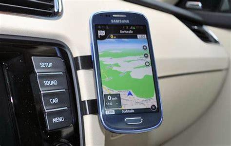 Smartphone Halterung Auto by Universelle Kfz Halterung F 252 R Smartphones Onlinepc Ch