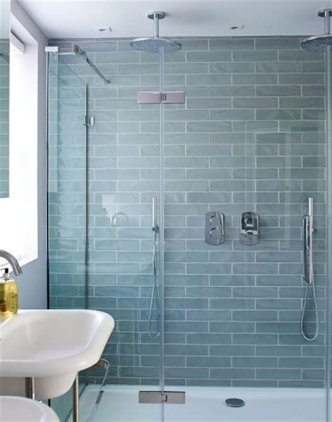 Blue Tile Bathroom Ideas by Best 25 Blue Bathroom Tiles Ideas On Blue