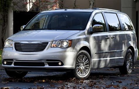Gas Mileage For Chrysler Town And Country by Most Fuel Efficient Vans Minivans 10 Best Gas Mileage