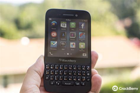 blackberry q5 blackberry q5 review crackberry