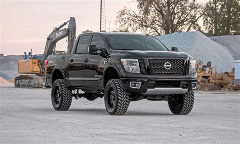 nissan titan rough country 6 quot lift for the 2016 nissan titan xd