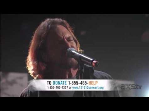 Bowie Comfortably Numb by Eddie Vedder Out Of Sand Peaks 2017 Live Stud