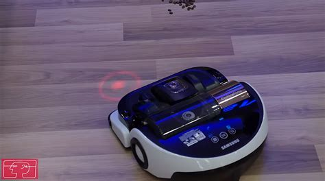 Robot Vacuum Cleaner Samsung samsung s robot vacuum cleaner can follow laser pointers