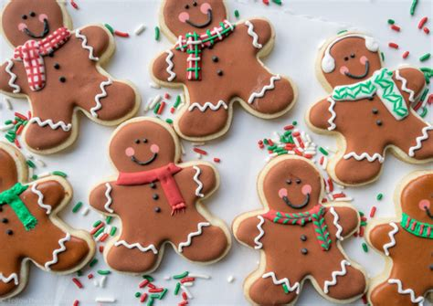 the best decorated christmas cookies follow the ruels