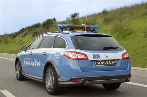 test antidroga polizia medici al fianco della polizia per i test antidroga auto