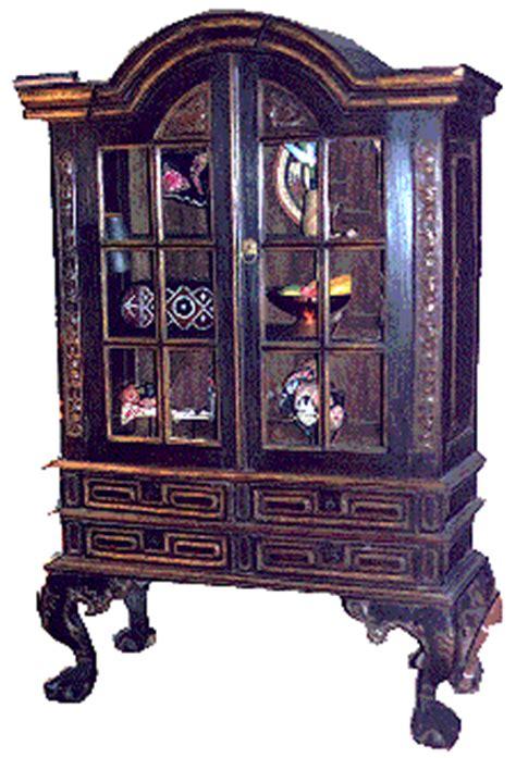 Lemari Plastik Royal Cupboard furniture pacific new guinea tribal and folk