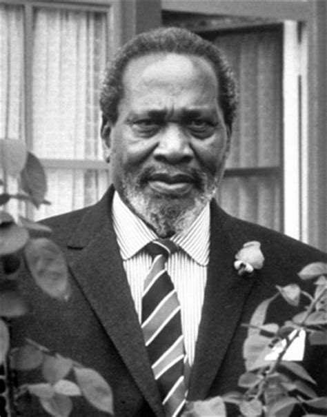 biography of uhuru kenyatta uhuru kenyatta biography president kenya age wealth