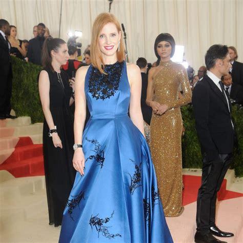 black mirror jessica chastain jessica chastain en la gala met 2016 invitados a la gala