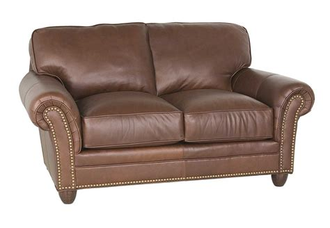 traditional leather loveseat classic leather keswick loveseat cl692