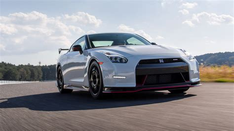 nissan gtr wallpaper nissan gtr wallpaper hd 1920x1080 image 239