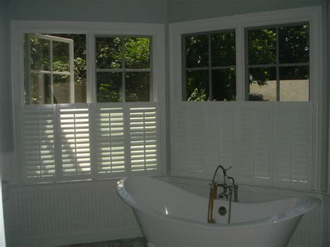 Cafe Shutters Interior by Cafe Style Interior Window Shutters Looking Creative