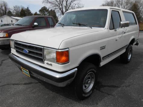 1991 ford bronco xlt for sale in havelock north carolina classified americanlisted com 1991 white ford bronco xlt 302 v8 4x4 factory am fm cassette player nice for sale in