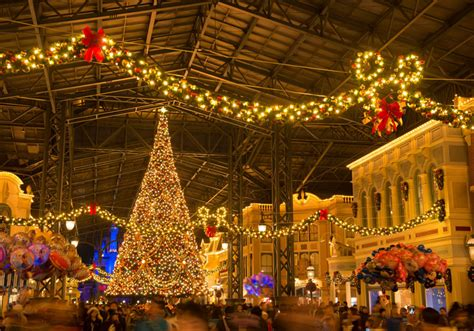 When Does Disneyland Take Decorations by When Does Disneyland Take Decorations 28 Images