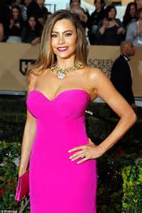 Dres Big Sofia sofia vergara says she suffers in carpet attire due to