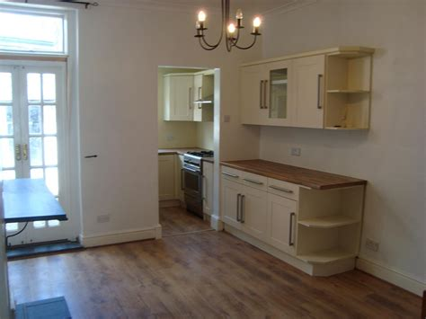 2 bedroom house to rent private landlord 2 bed house terraced to rent garden street