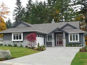 Small Homes For Sale On Vancouver Island New Lakefront Homes And Lots For Sale At Trumpeter Pointe