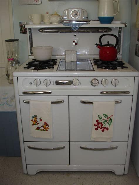 best kitchen stoves 25 best ideas about old stove on pinterest vintage