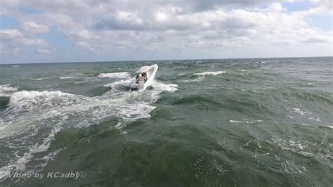 boats entering jupiter inlet jupiter inlet boats kite surfer youtube